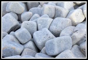 otoczak bazaltowy z kostki 4-6 cm