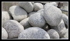 otoczak granitowy